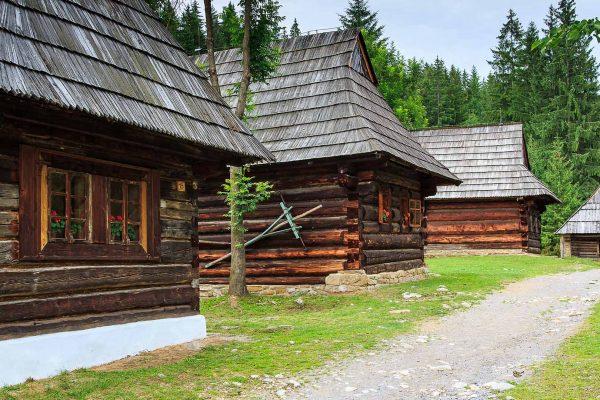 zuberec-rohace-zapadne-tatry-skanzen